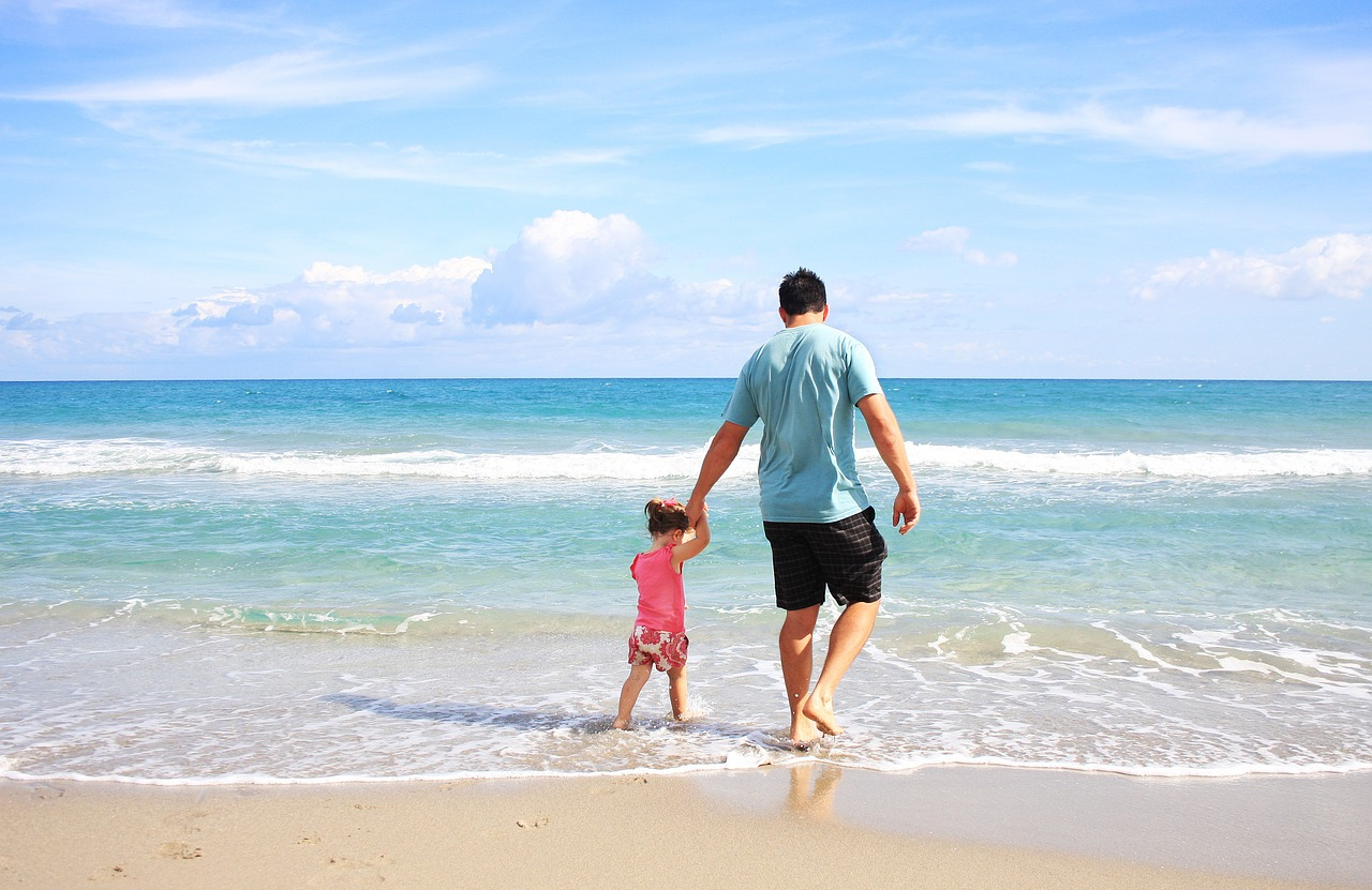 9 Essential Tips For Travelling With Children