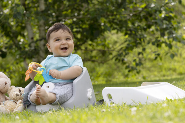 Booster Seat - picnic time - happy baby
